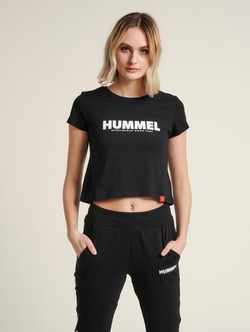 hmlLEGACY WOMAN CROPPED T-SHIRT, BLACK, model