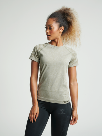hmlCI SEAMLESS T-SHIRT, VETIVER MELANGE, model