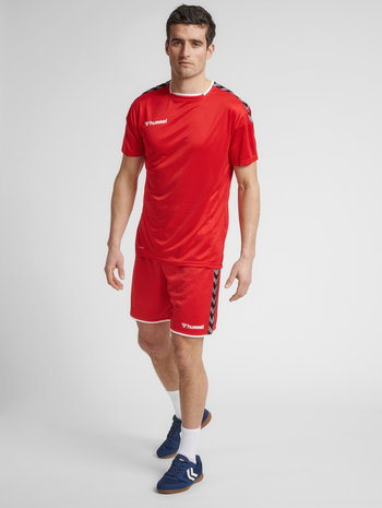 hmlAUTHENTIC POLY JERSEY S/S, TRUE RED, model